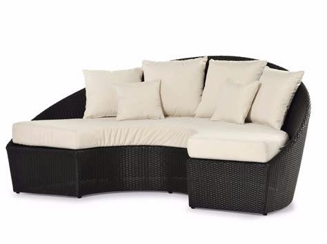 divano semicircolare divano semicircolare da giardino arena divano varaschin