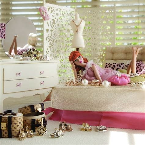 how to make a barbie doll bedroom 25 best ideas about barbie bedroom on pinterest barbie