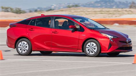 05 Toyota Prius Toyota Prius 2016 Is The Most Fuel Efficient Hybrid Car