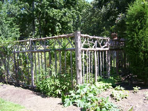 enolivier com vegetable garden with fence as long as 301 moved permanently