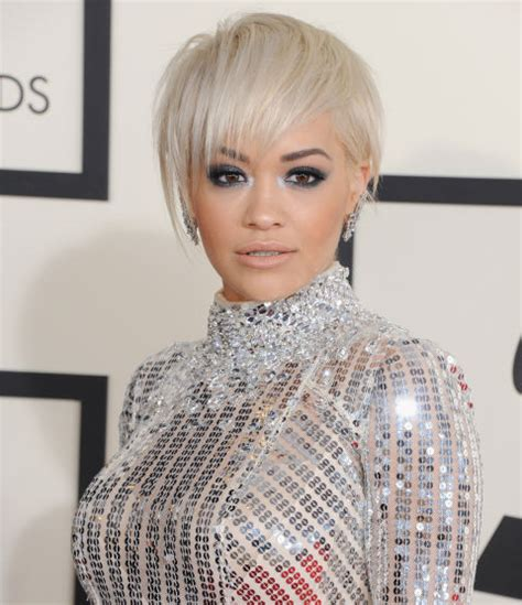 rita oras new short haircut from the 2015 grammy awards lipstick grammy awards 2015 hair makeup trends