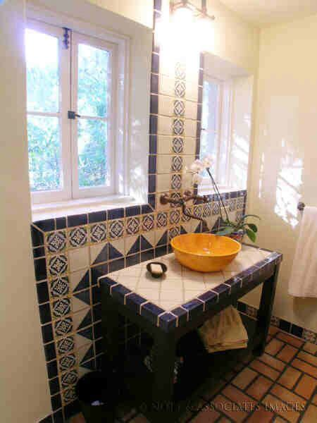 spanish bathrooms spanish bathroom jeff pinterest spanish bathroom