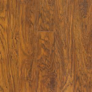 Hickory Laminate Flooring Pergo 10mm Haywood Hickory Laminate Flooring 13 10 Sq Ft The Home Depot Canada