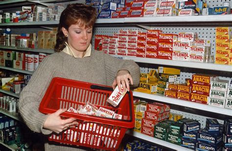 Acetaminophen Shelf by How The Tylenol Murders Of 1982 Changed The Way We Consume Medication Pbs Newshour
