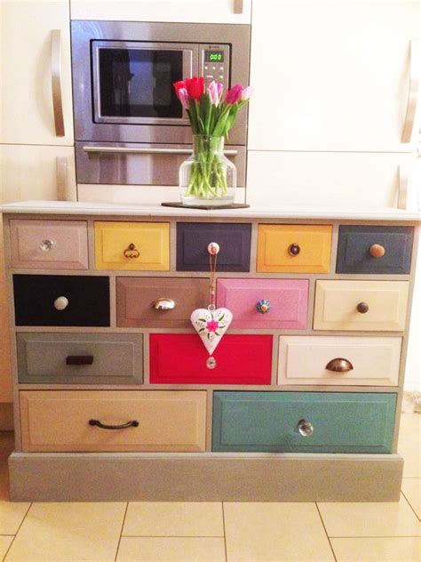 dresser with different colored drawers 25 best ideas about painted drawers on diy