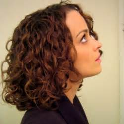 diagonal bob haircut curly hair 22 great medium hairstyles for women 2017 pretty designs