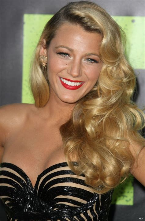 classic hollywood glamour hollywood events season style set girl blake lively like rita hayworth and veronica lake with