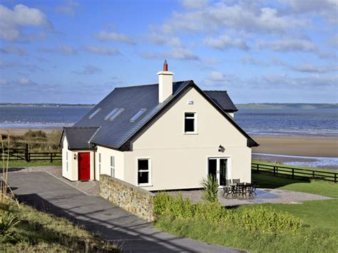 houses for rent in ireland large holiday cottages ireland rent large self catering