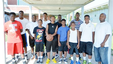 Mba Aau Jackson Ms by Area Students Assemble Aau Basketball Team Of Their Own
