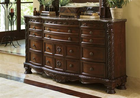 north shore panel bedroom set north shore queen panel bedroom set evansville overstock