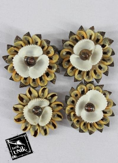 Kerang Batik bros kerang motif parang bunga bross etnik murah