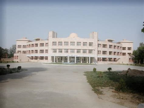 Ku Mba by Ku Mba College Kurukshetra Directorate Of Distance