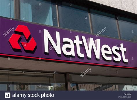 natwest bank locations natwest bank sign chapel luton bedfordshire