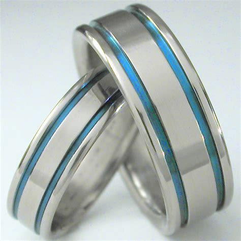 Titanium Wedding Bands by The Benefits Of Choosing Titanium Mens Wedding Bands