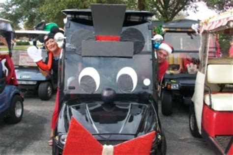 golf carts decerated for christnas parade draws large crowd at villages polo fields villages news