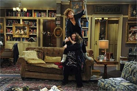 see your in a room the 20 things you see in every sitcom living room page