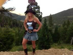 Virgin log cabin build 1st stage offthegrid wildwomanoutdoor no