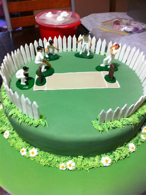 Sports Themed Cake Decorations - some cool cricket cake ideas cricket theme cakes crustncakes online cake delivery in gurgaon