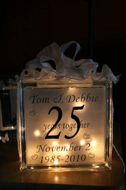 25th wedding anniversary diy gifts 1000 ideas about 25th anniversary gifts on