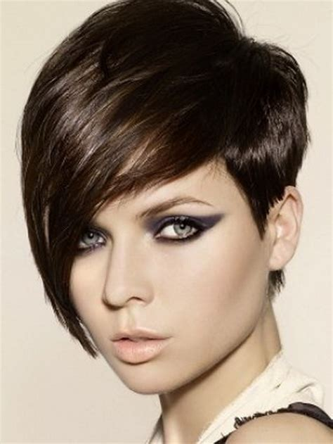 very short hairstyles for round faces from the 1960 very short hairstyles for women with round faces