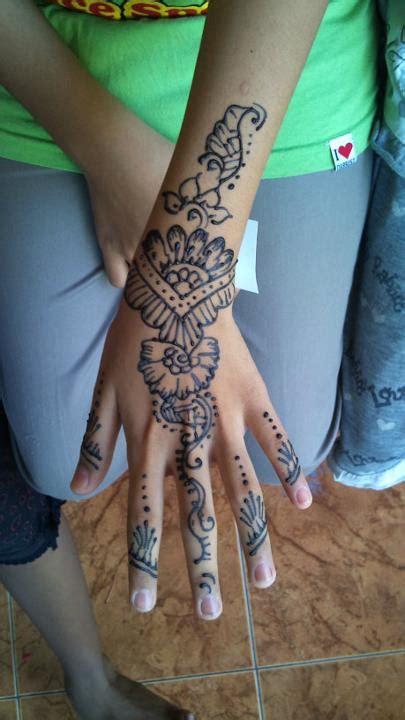 tattoo henna natural vanity fashion get a natural henna tattoo design