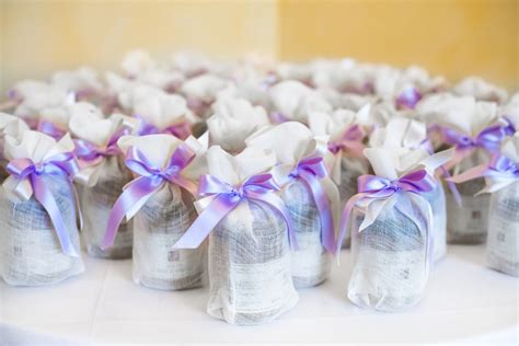 Bridal Shower Favor Idea Bath Fizz by 10 Last Minute Bridal Shower Decoration Ideas