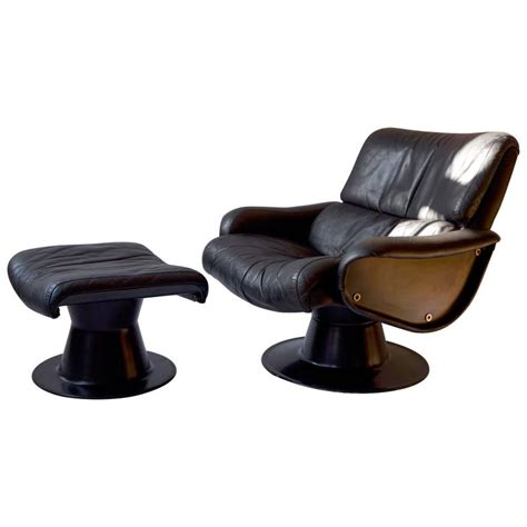 Swivel Chair With Ottoman Yrjo Kukkapuro Swivel Chair With Ottoman For Sale At 1stdibs