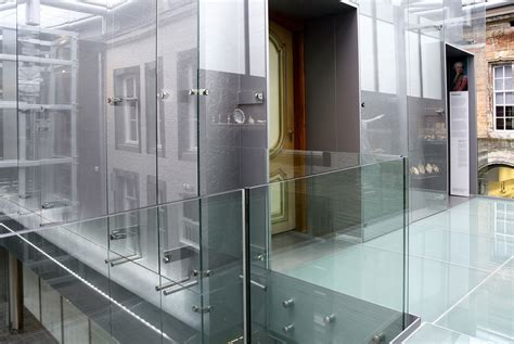 bouwbesluit trap balustrade steeds dikker glas in balustrades 187 bouwwereld nl