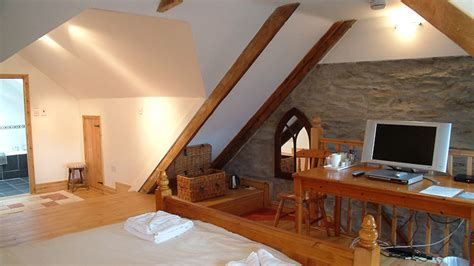 bed and breakfast in newquay cornwall bee and bee bed breakfast newquay cornwall