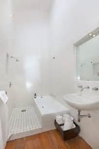 baignoire salle de bain 17 best images about deco salle de bain on
