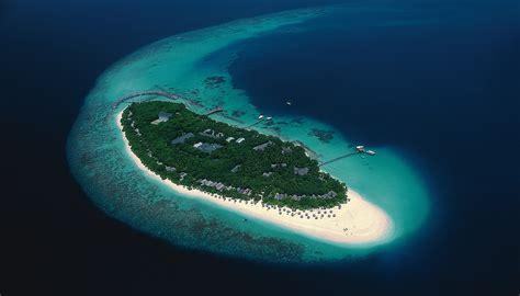 reethi island resort map scuba travel reethi resort dive the maldives