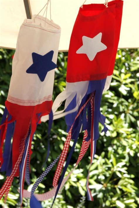 framed art diy decorating for july 4th celebrating holidays diy windsocks hgtv