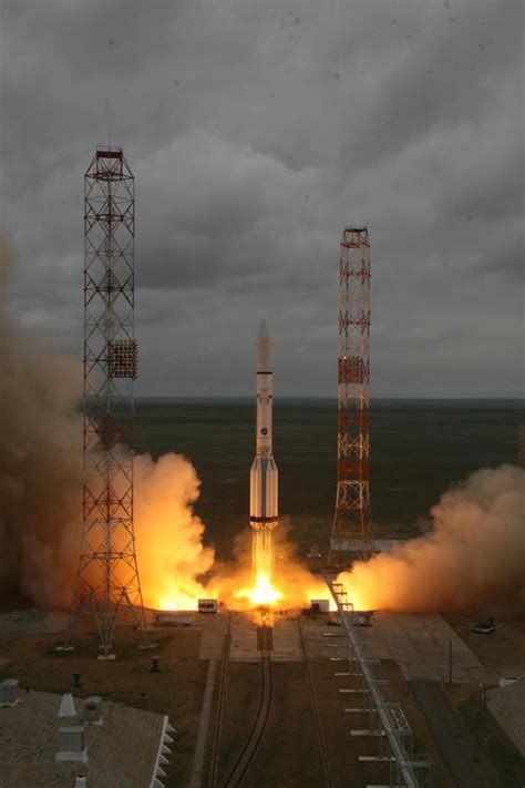 Russian Proton Rocket by 2nd Launch Disaster In 3 Weeks Strikes Russia Destroying