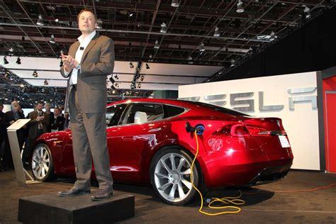 tesla motors elon musk tesla model s the battery car market s moon