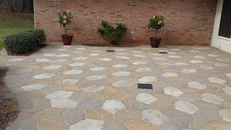 Types Of Pavers For Patio Types Of Pavers Pictures To Pin On Pinsdaddy