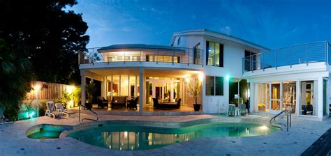 rent a house for a night waterfront 7 bedroom ceo mansion available homeaway biscayne point