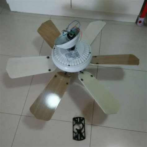 used ceiling fan pre owned amasco ladybird 36 quot ceiling fan with 3 lights