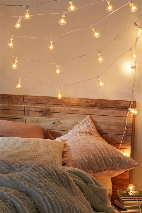 hanging wall string twinkle lights in bedroom