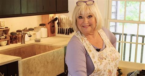 crazy kitchens  food network star nancy fullers adorably chic  century kitchen