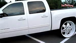 Chrome Wheels On White Truck All White Chevy Silverado Truck On 30 Quot Diablo Elites Hd