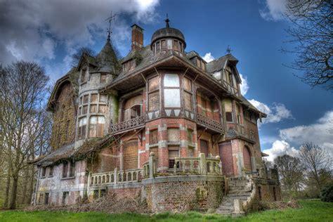 dark manor haunted house simply ruthless darkwood manor