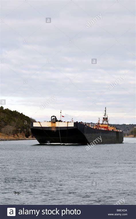 tugboat pushing barges tugboat pushing barge boat stock photos tugboat pushing