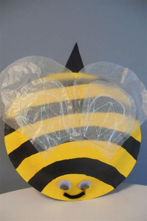 Bumble Bee Paper Plate Craft - paper plate bumblebee paper plate crafts