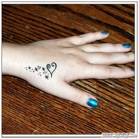 cr tattoos design small heart tattoos for women