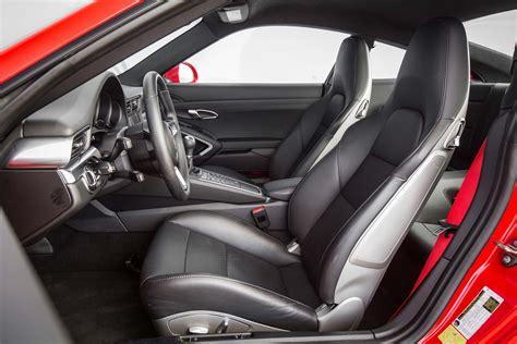porsche 911 interior 2017 porsche 911 2017 motor trend car of the year finalist