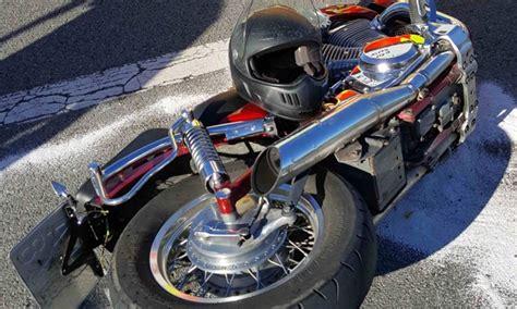 Motorrad Shop Cham by Motorrad Und Auto Kollidierten Region Cham