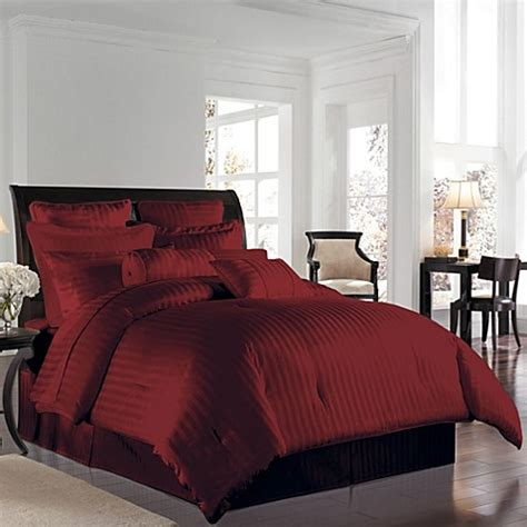 Burgundy Bed Sets Wamsutta 174 500 Damask Comforter Set In Burgundy Bed Bath Beyond