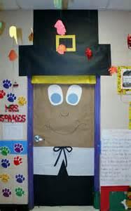 Thanksgiving Door Decorations For Preschool by Best 25 Thanksgiving Classroom Door Ideas On
