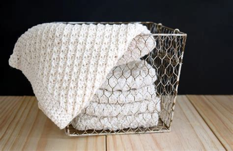 knitting washcloths stitch knit washcloth by nourishan9415514 craftsy