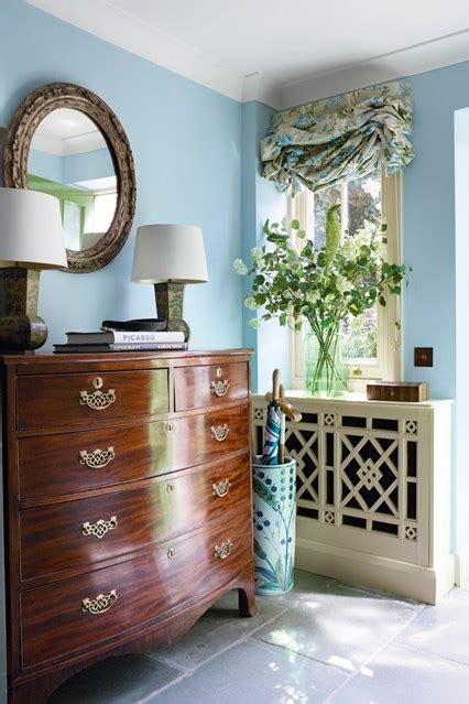 Entrances Gray French Foyer Chest pictures, decorations